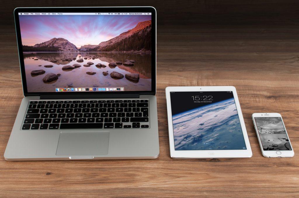 cea mai buna masuta pentru laptop portabila